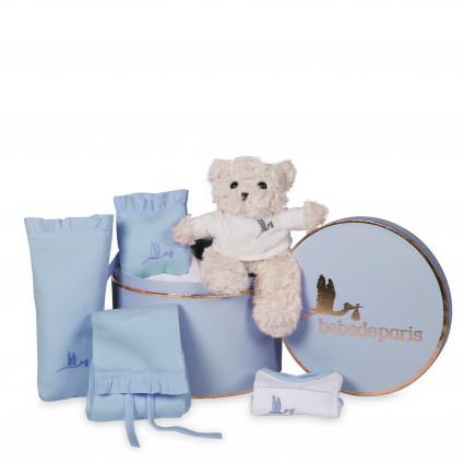 Newborn Baby Hamper & Baby Gift Baskets | BebedeParis  Baby Hamper Kisses