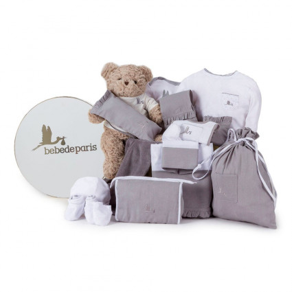 Newborn Baby Hamper & Baby Gift Baskets Complete Classic Baby Hamper